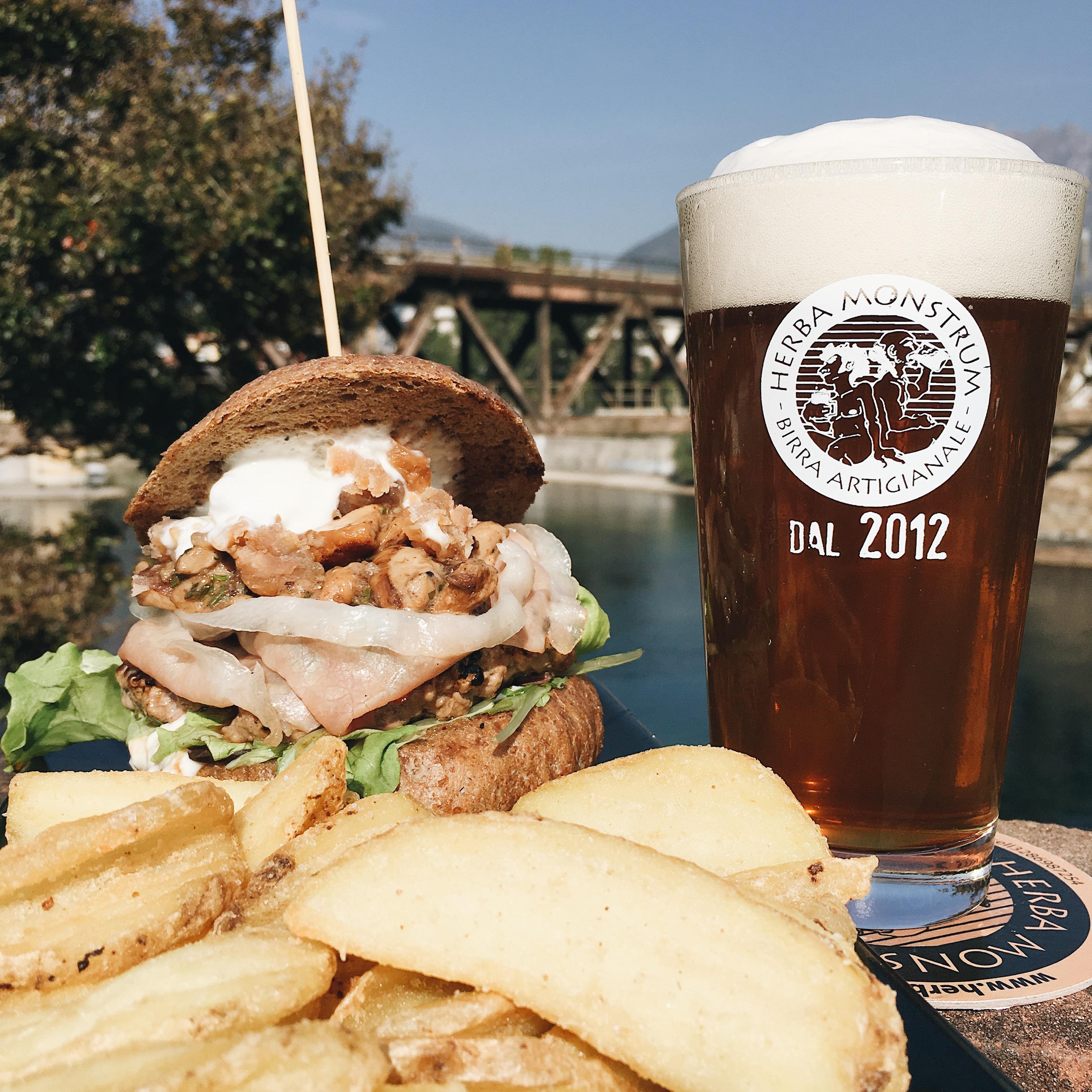 Le nostre artigianali a domicilio! Aprile 2020 i hamburger direttamente a casa! Herba Monstrum Brewery via Ettore Monti, 29, 23851 in zona Ponte Azzone Visconti Lecco.