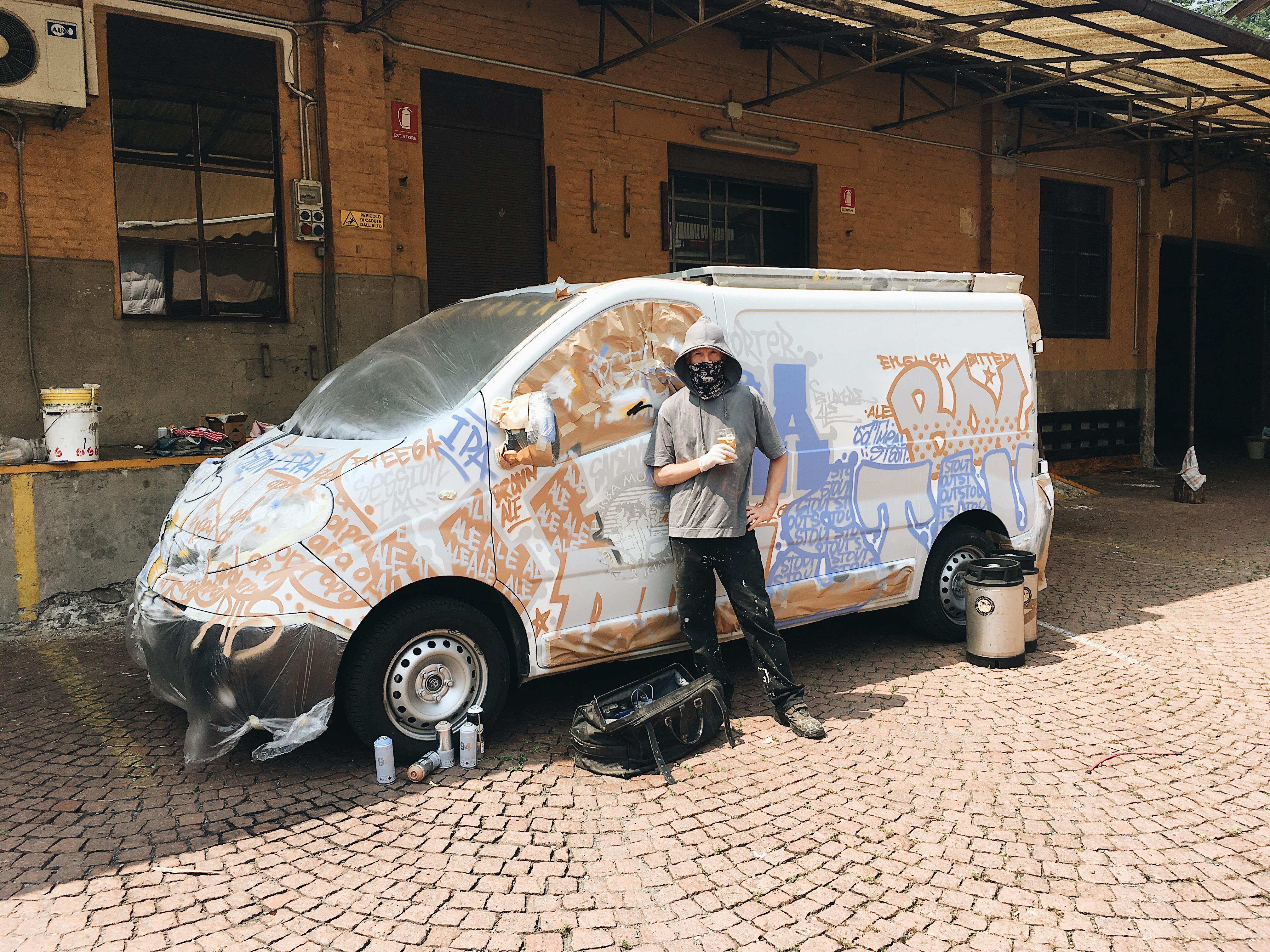 FULL HOP PARTY / new herba monstrum beer & TRUCK mercoledì 12 giugno 2019 ore 17:00 aperitivo a buffet. NUOVA BIRRA ONE SHOT: FULL HOP. NUOVO BEER TRUCK. NUOVO CORTILE INTERNO. Birre artigianali alla spina di Herba Monstrum Brewery via Ettore Monti, 29, 23851 in zona Ponte Azzone Visconti Lecco.