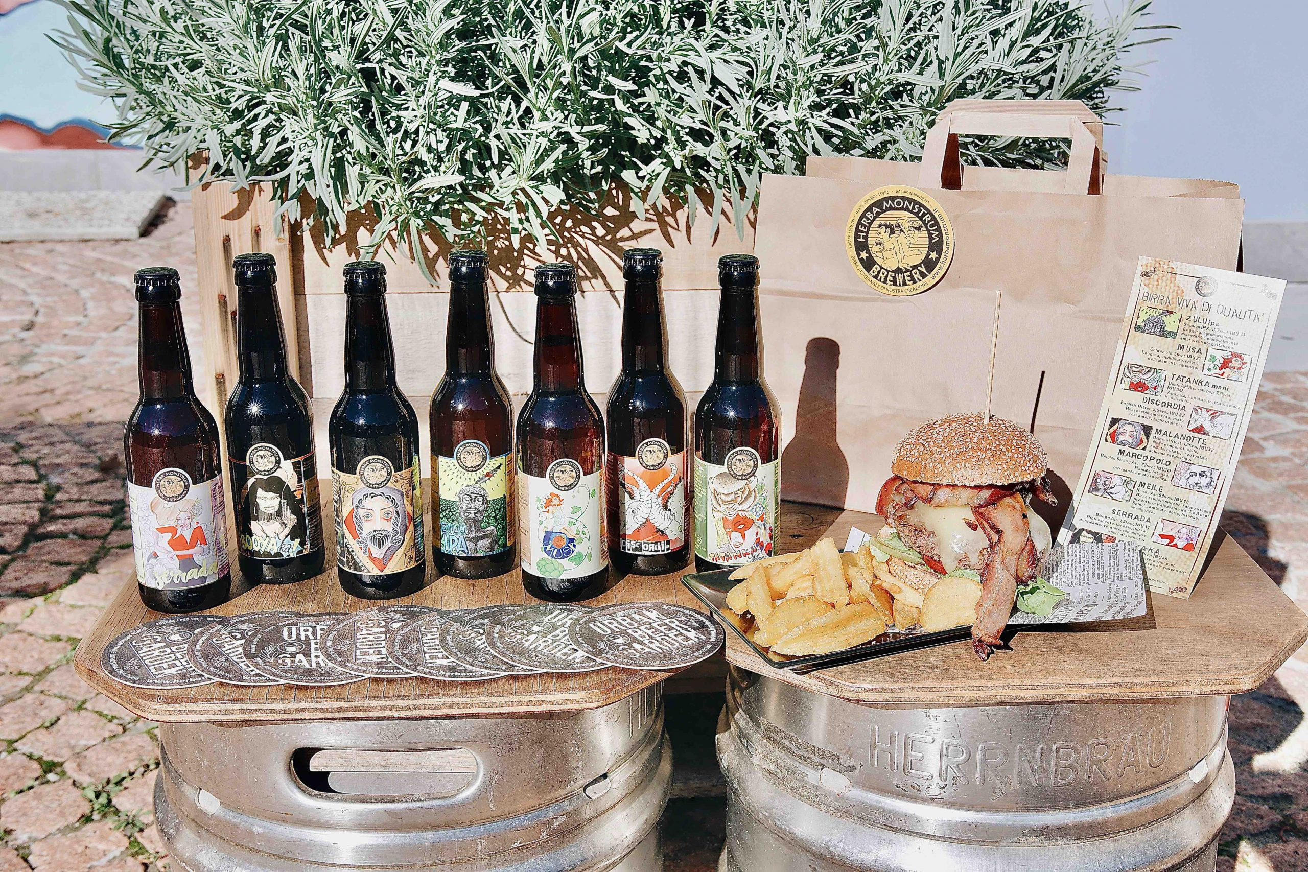 Birra artigianale italiana, hamburger. Herba Monstrum Brewery via Ettore Monti, 29, 23851 in zona Ponte Azzone Visconti Lecco.