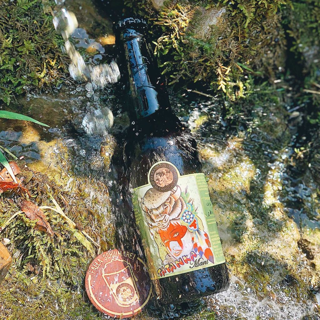 Tatanka double single hop APA, gennaio 2021 sabato e domenica asporto    Herba Monstrum Brewery via Ettore Monti, 29, 23851 in zona Ponte Azzone Visconti Lecco.  Birra artigianale italiana